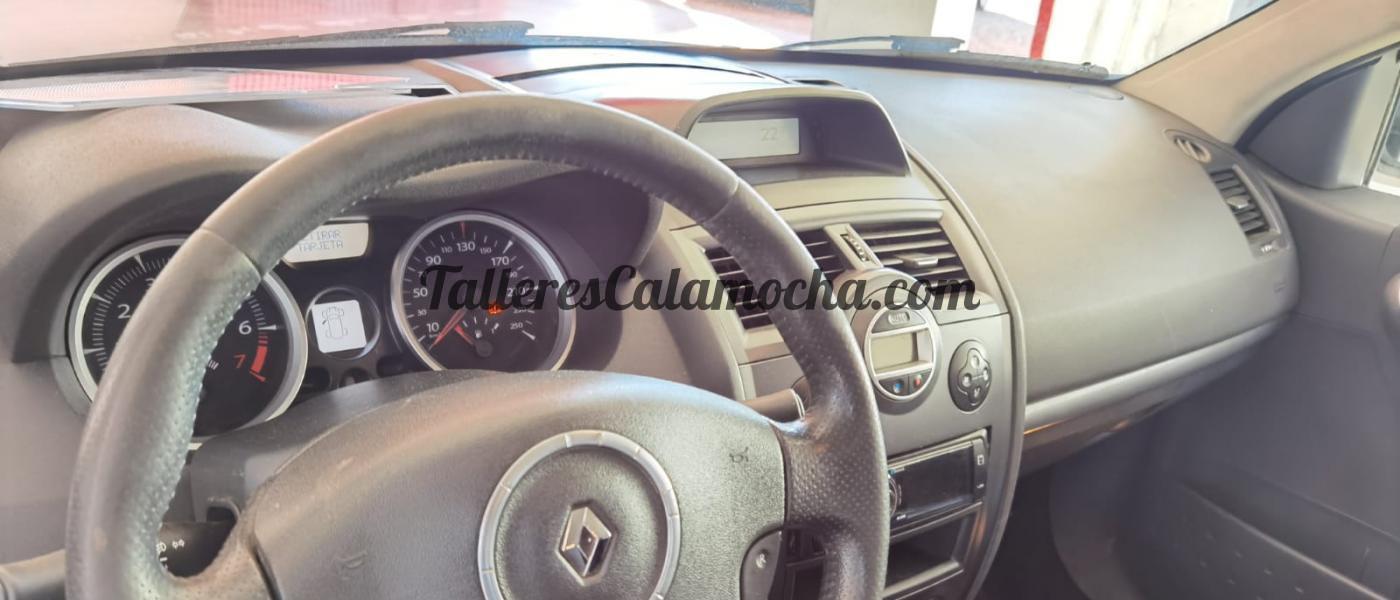 Renault Megane Extrem 2.0